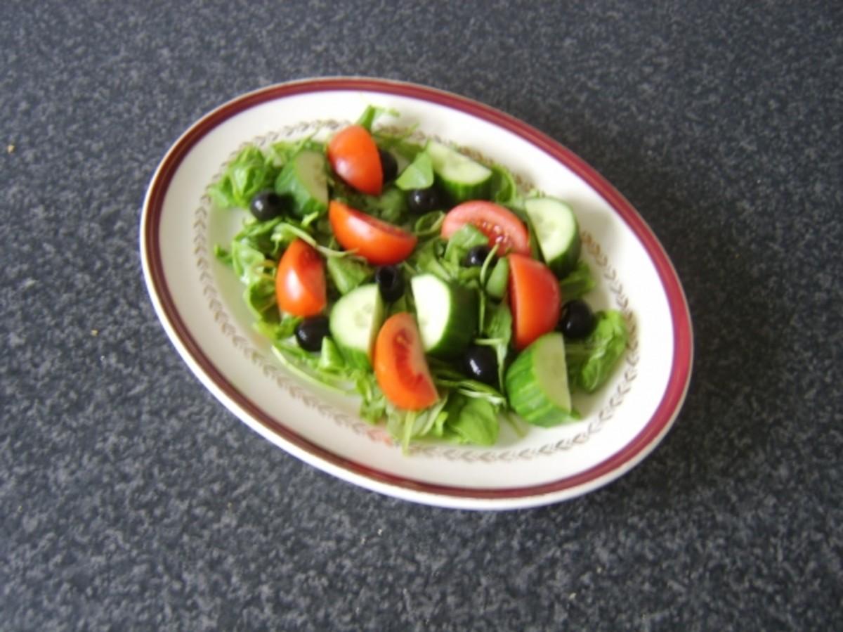 Basic Mediterranean style salad