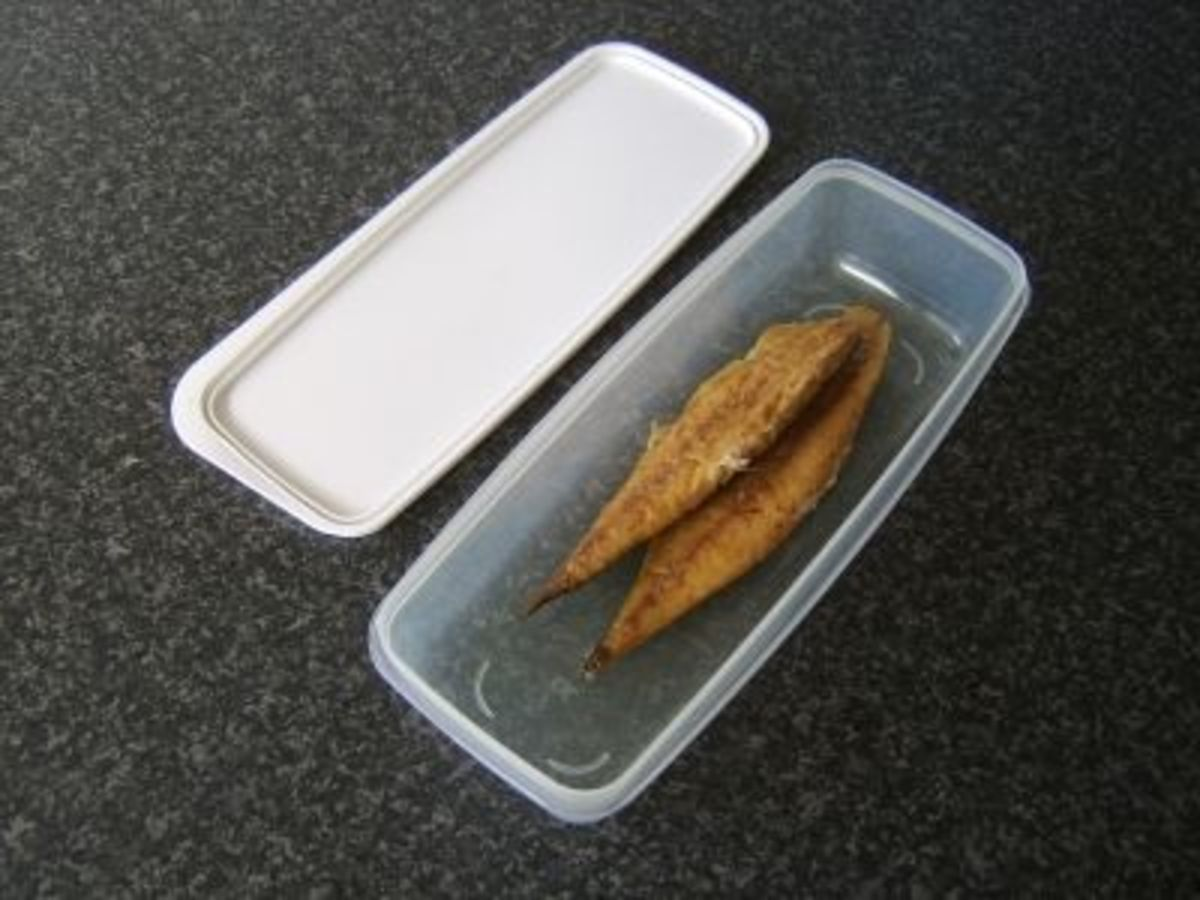 Smoked Mackerel is Stored in a Plastic Dish