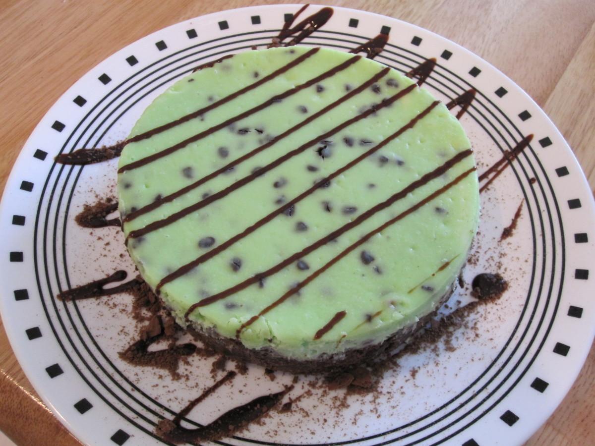 Mint-Chocolate-Chip Cheesecake