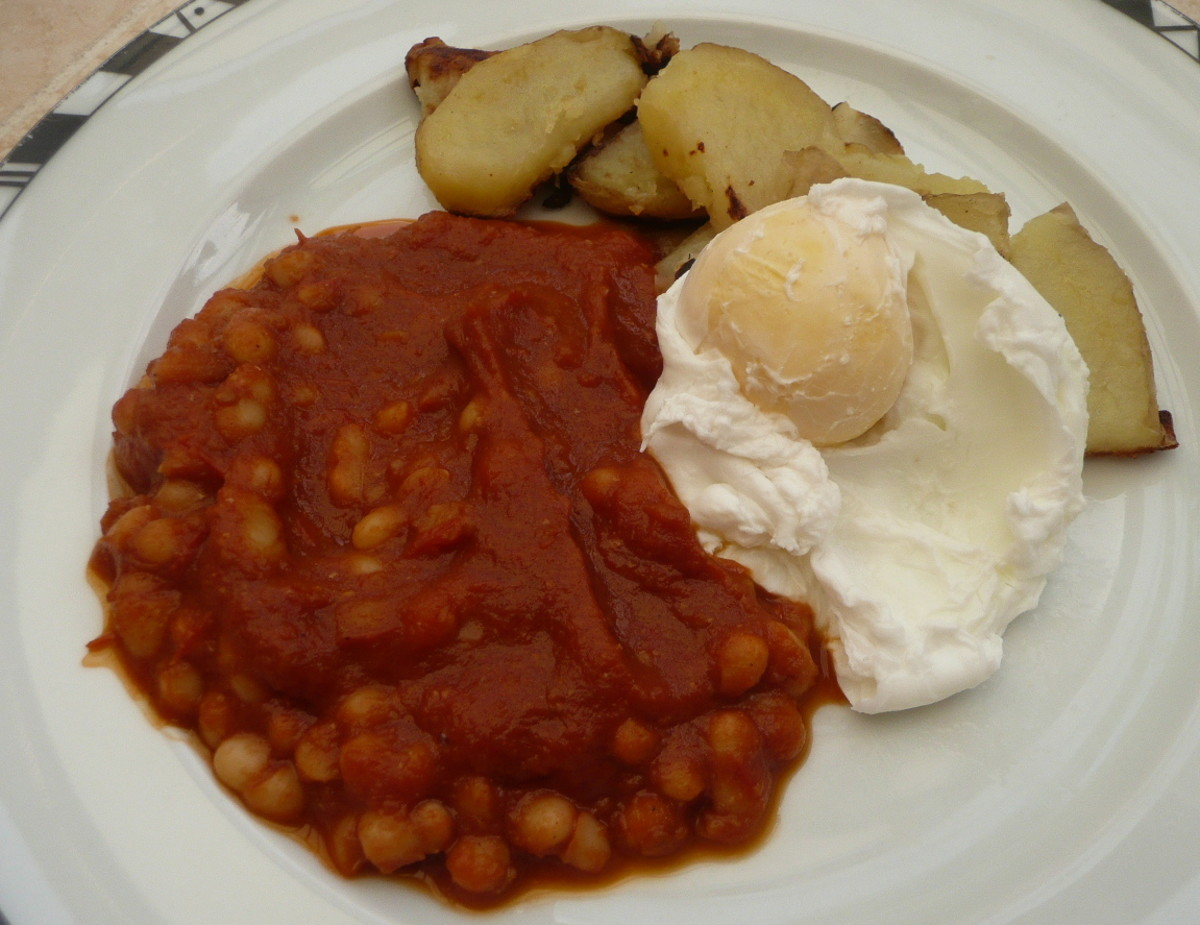 Baked beans, Potatoes, and a Poached Egg