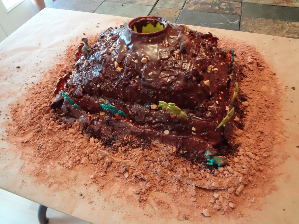 The finished cake before the lava is added.