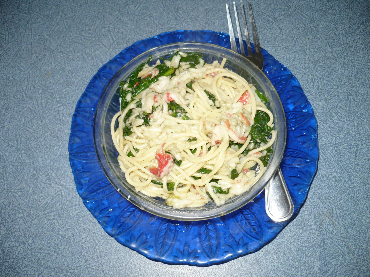 Garlic,buttery crabmeat,spinach is a delight to your taste buds.