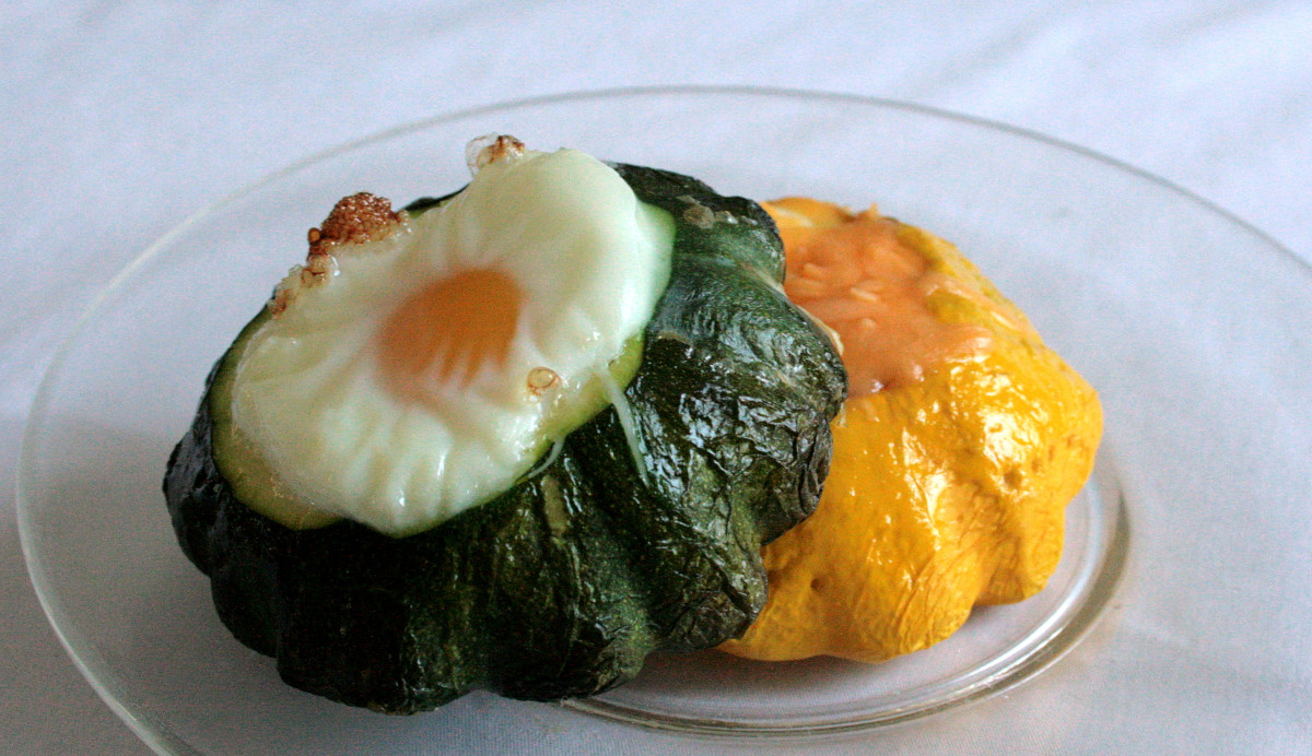 You can stuff squash with ingredients such as cheese, rice, spinach, and eggs.