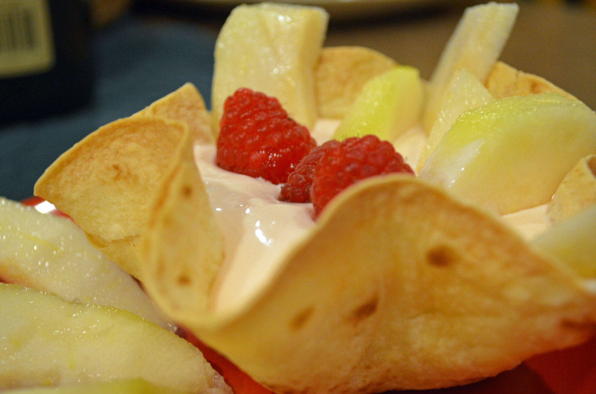 Use tortilla bowls for fruit desserts such as cream cheese dip with slices of pears.