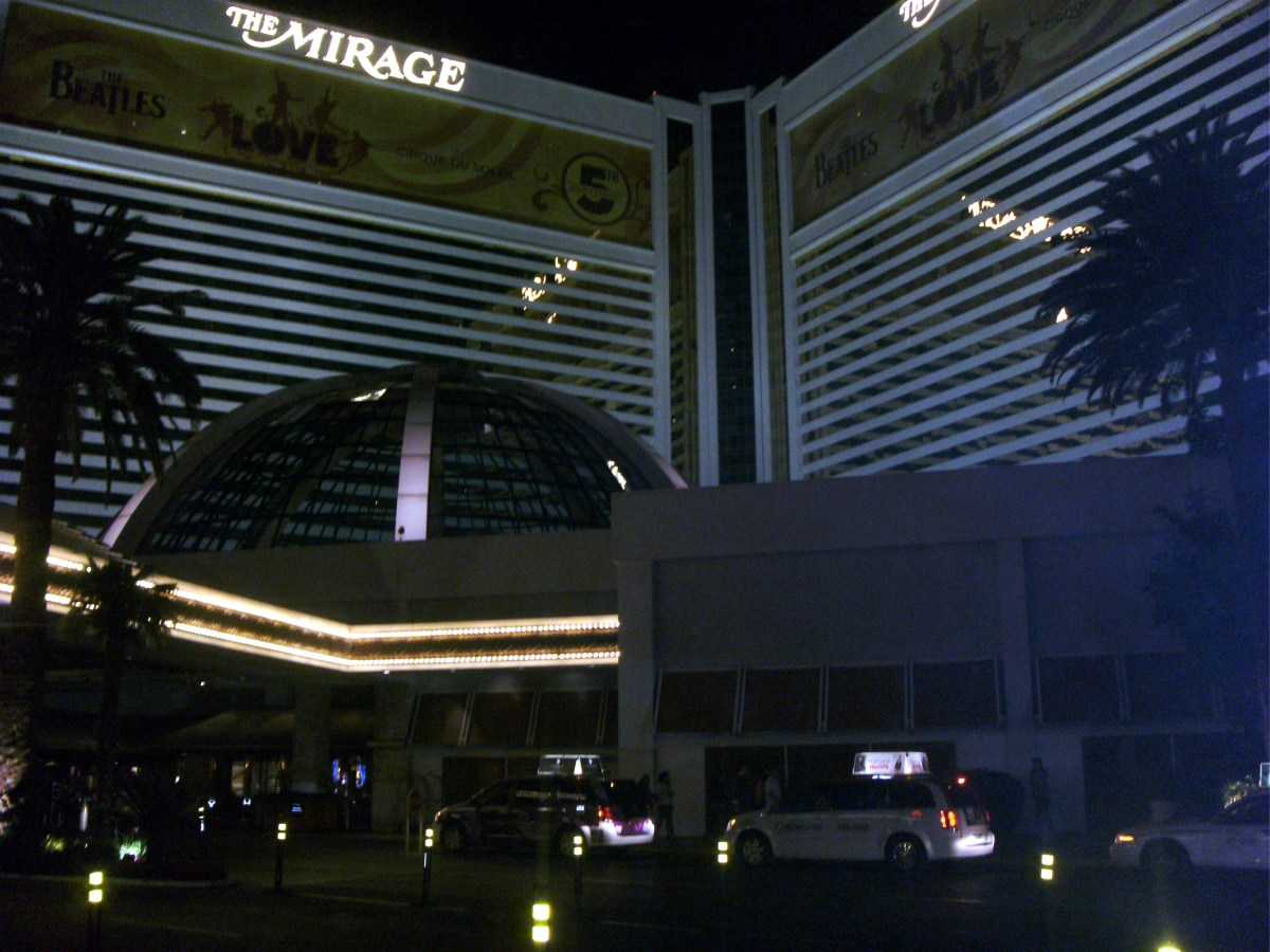 We left the Mirage buffet quite satisfied with the experience.
