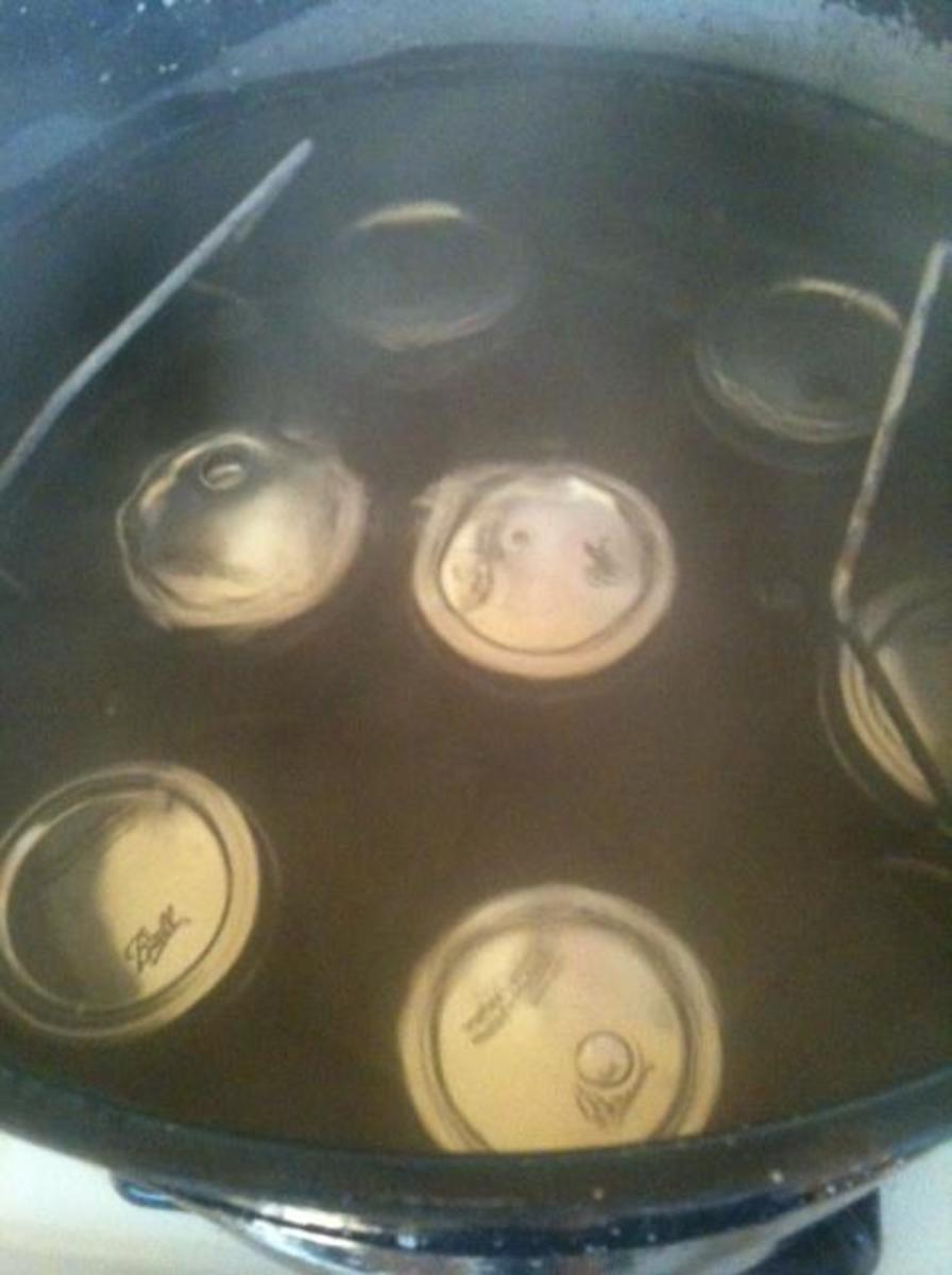 Process jars in the water bath for 10 minutes.