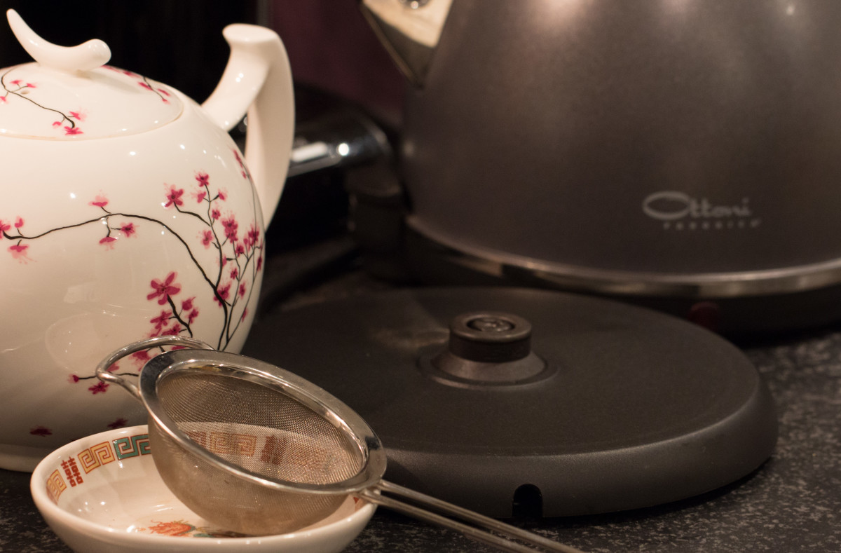 The cordless base of my stainless steel kettle - useful and safe!