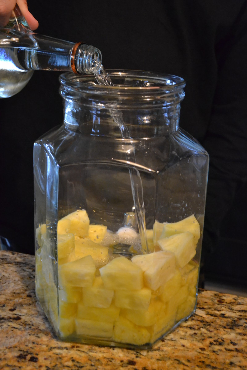 pineapple-vodka-recipe-how-to-infuse-vodka-with-pineapple