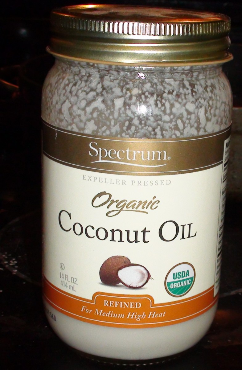 Organic coconut oil, this version is refined.
