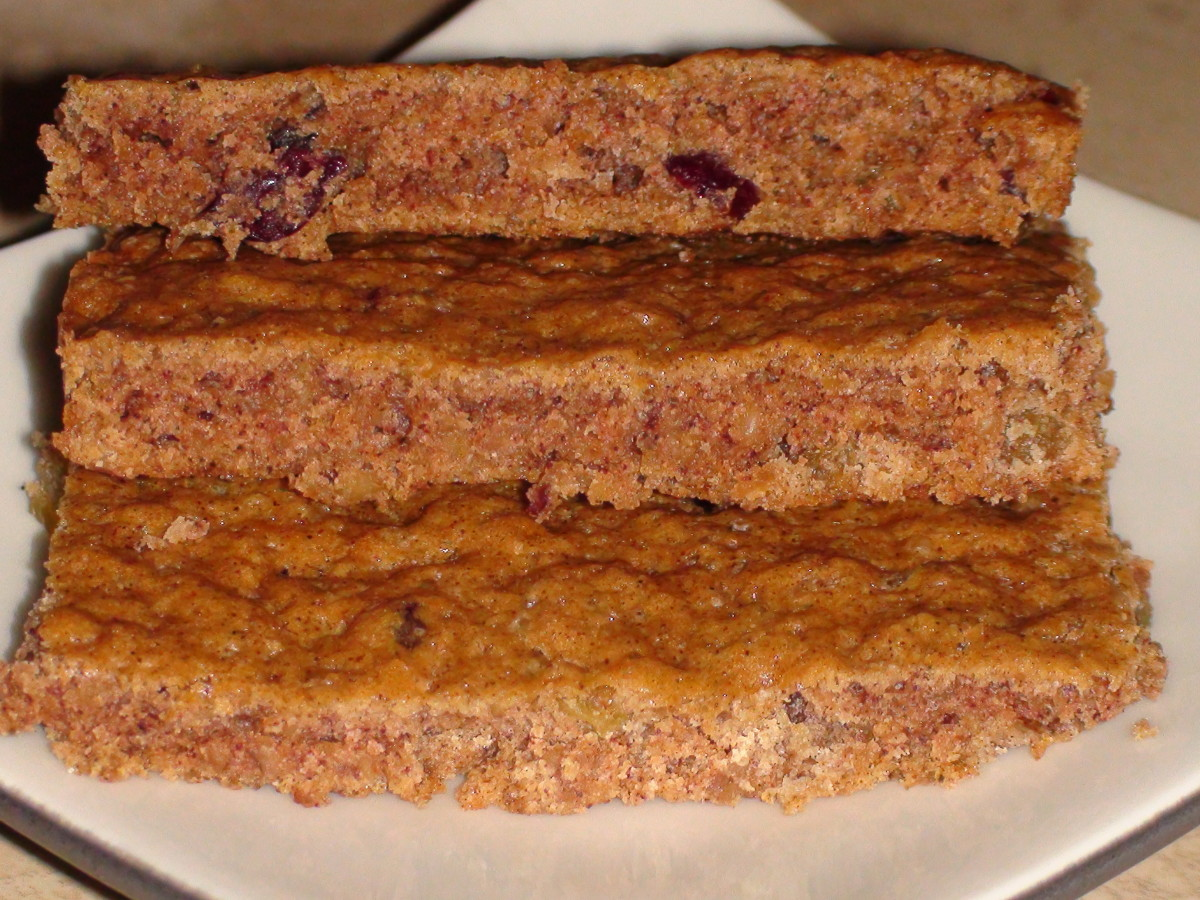 Organic cranberry and golden raisin steel-cut oatmeal bars. Instructions below.