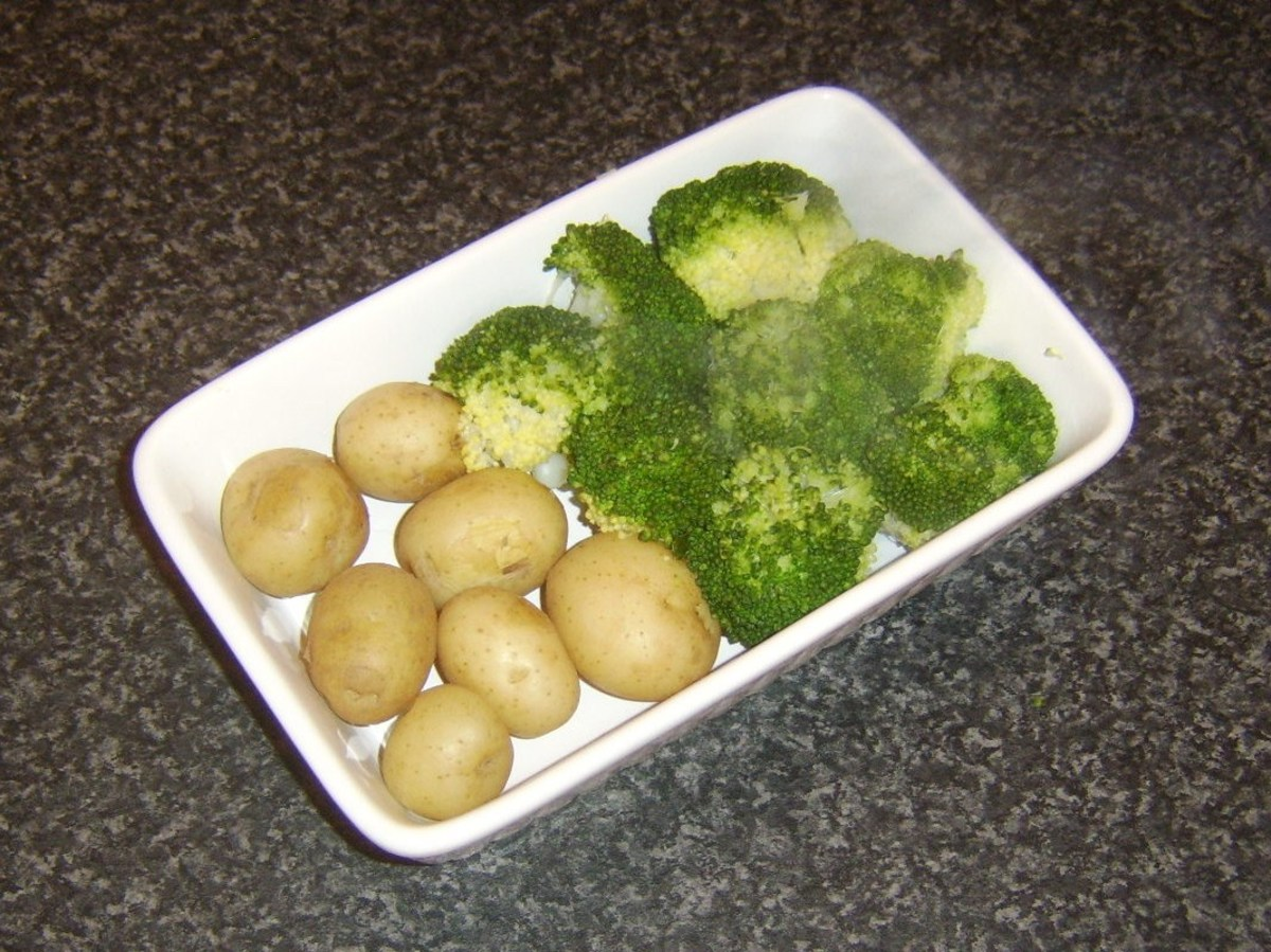 Cooked potatoes and broccoli