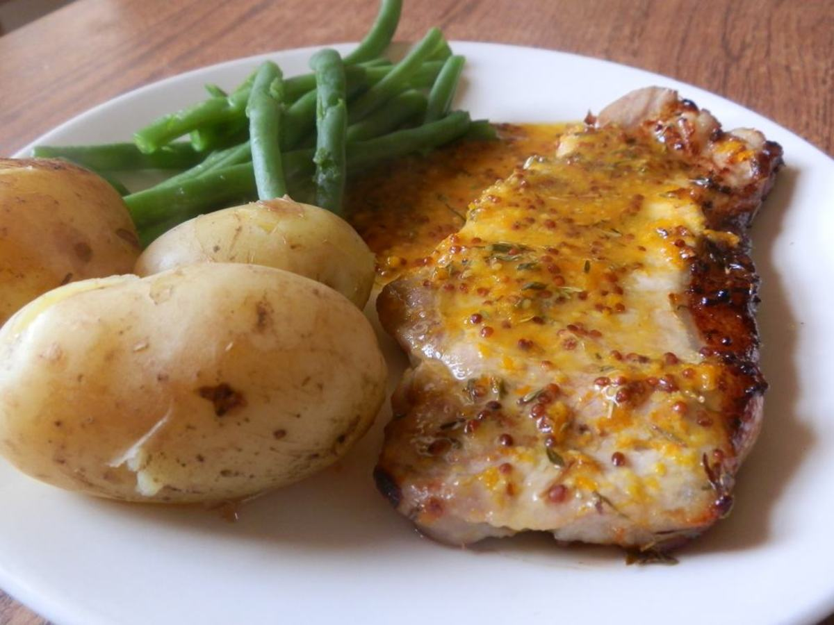 honey mustard pork chops with baby new potatoes and green beans