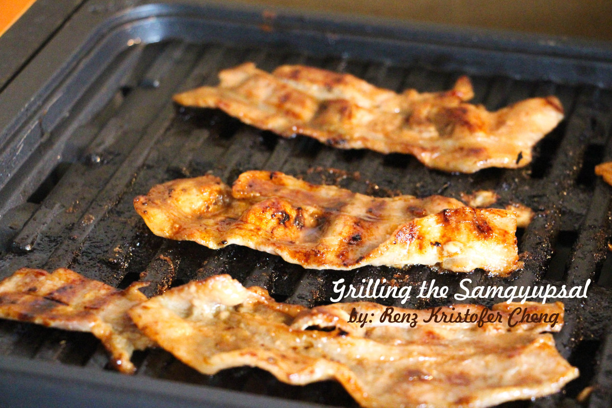 A golden brown appearance indicates that the samgyeopsal is already good!