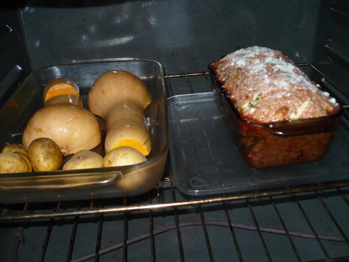 Zucchini-Stuffed Meatloaf