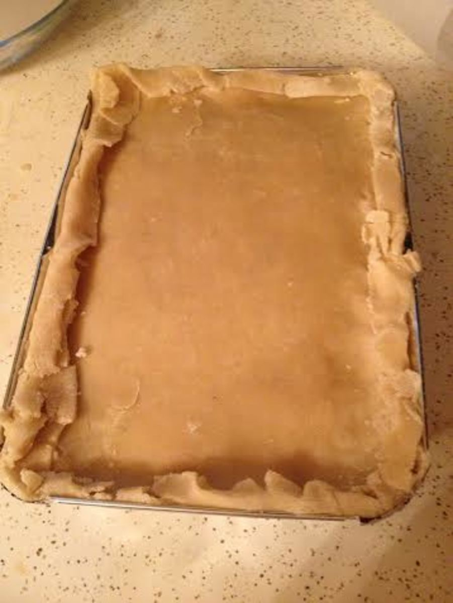 Create your edging.  I just folded the crust over.