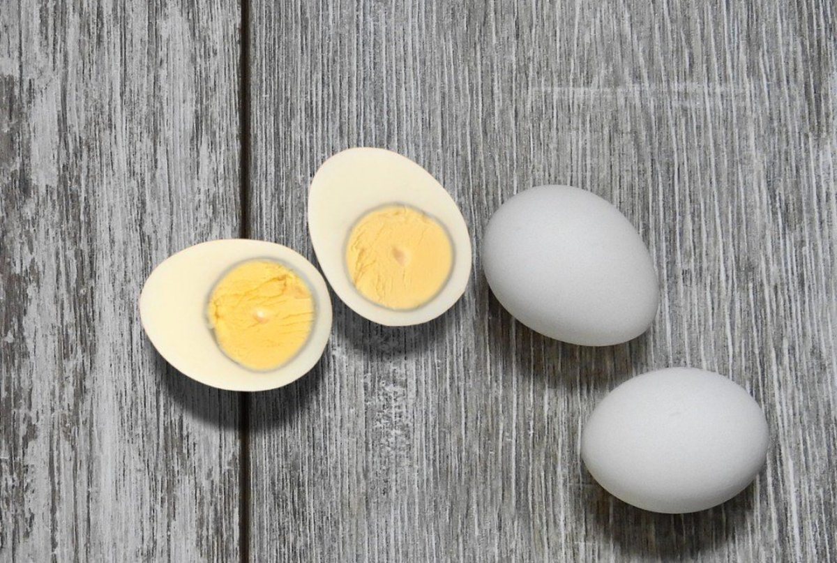 Hard cooked eggs are discolored