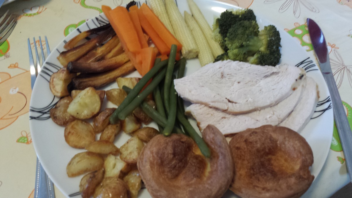 Doesn't this look appetising? Gluten-free Yorkshire puddings are an important part of a delicious sunday roast (apologies to the purists as this meal is with turkey rather than beef, but I think that Yorkshires go with all meats).