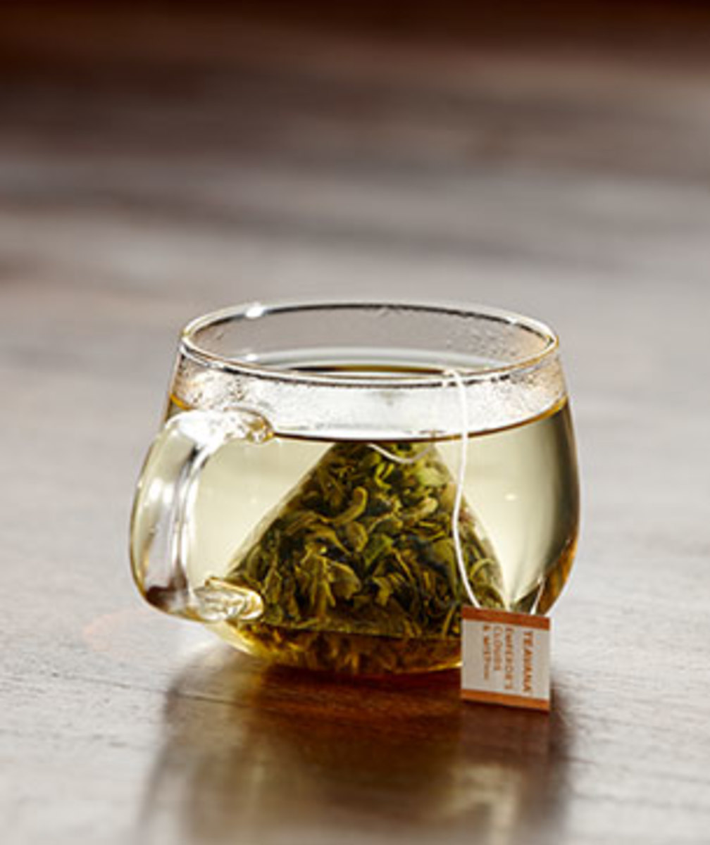 Emperor's Cloud and Mist is a classic green tea.