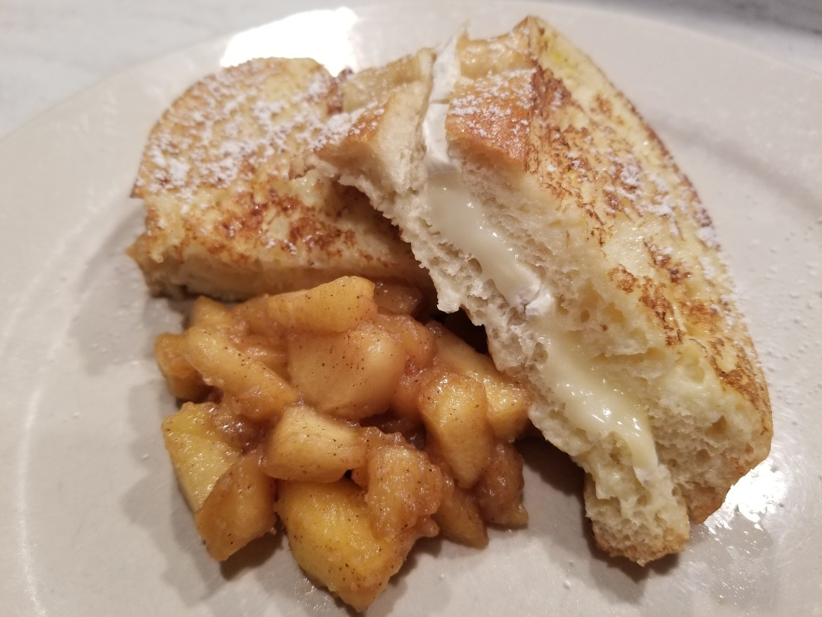 French toast stuffed with brie