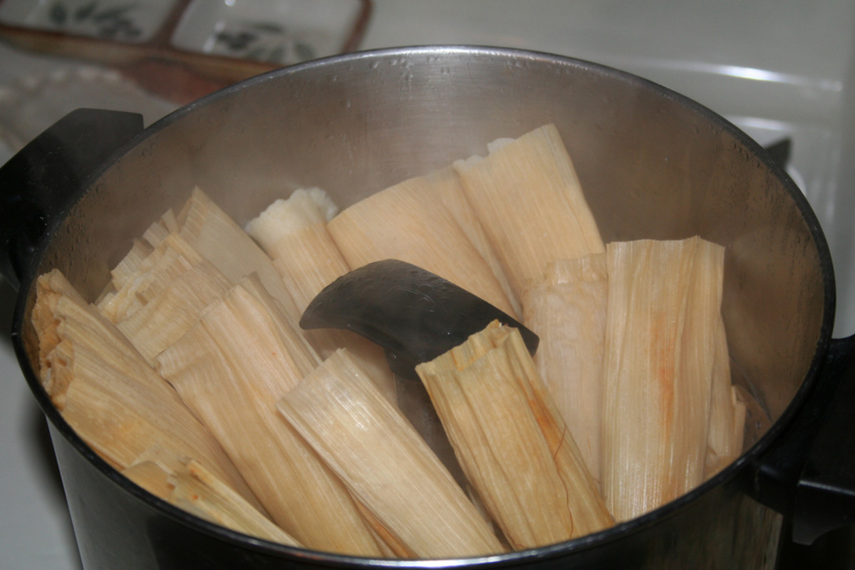 Steaming the tamales.