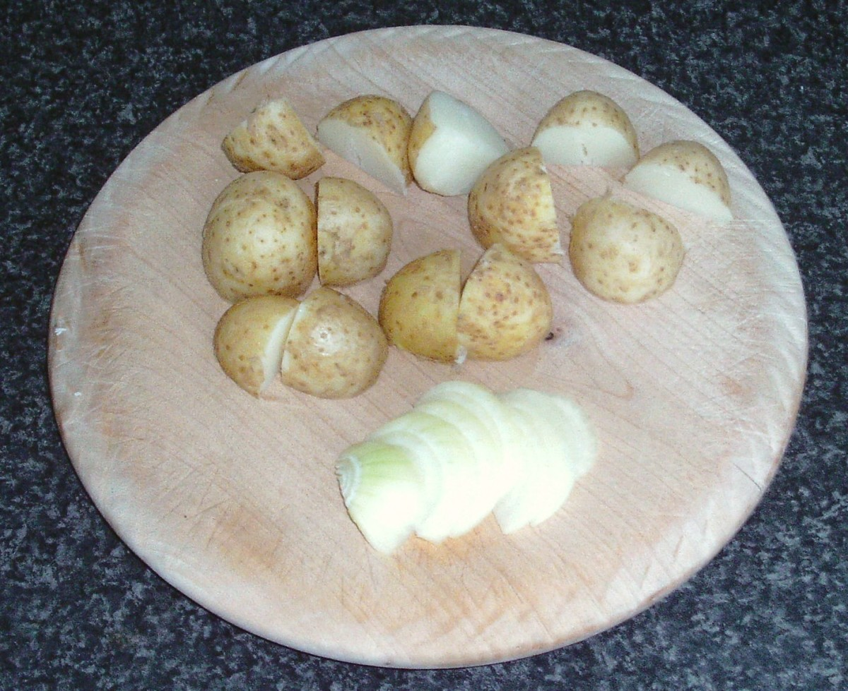 Chopped potatoes and sliced onion