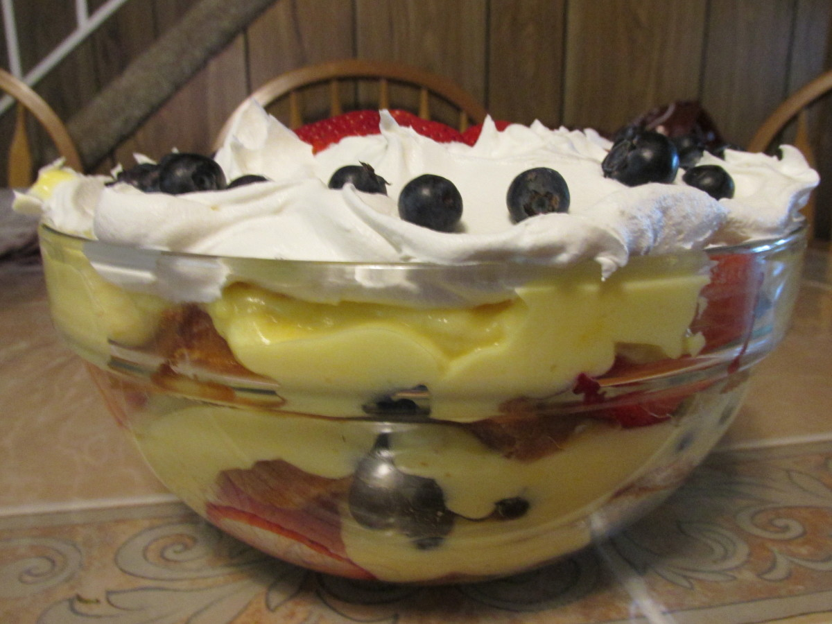 Side view of completed trifle.