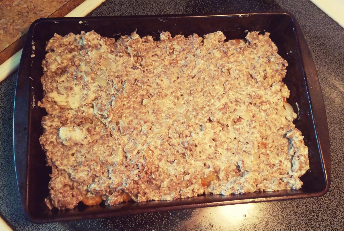Spread hamburger mixture evenly on top.