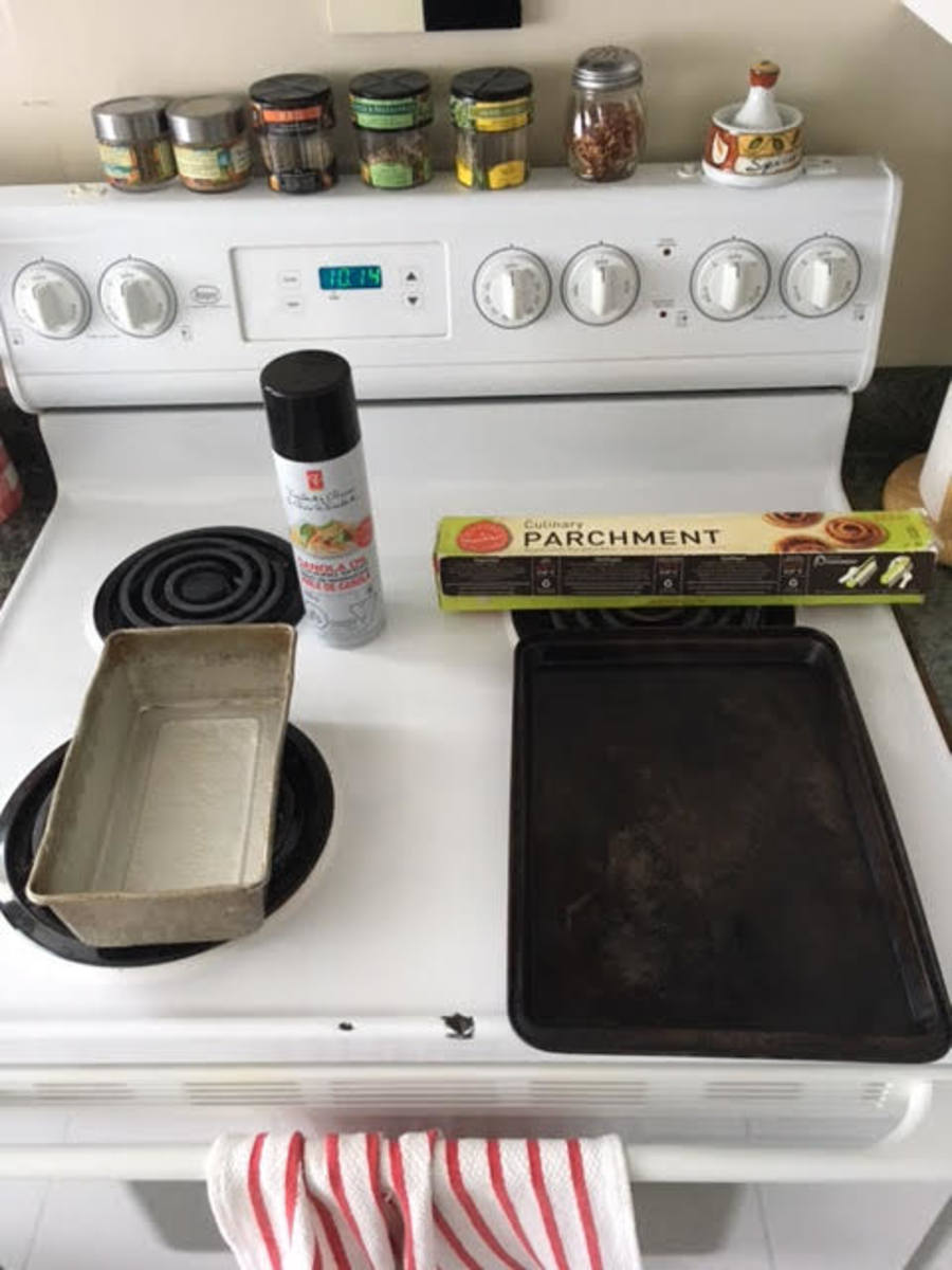 Making your baking pan and sheet stick proof