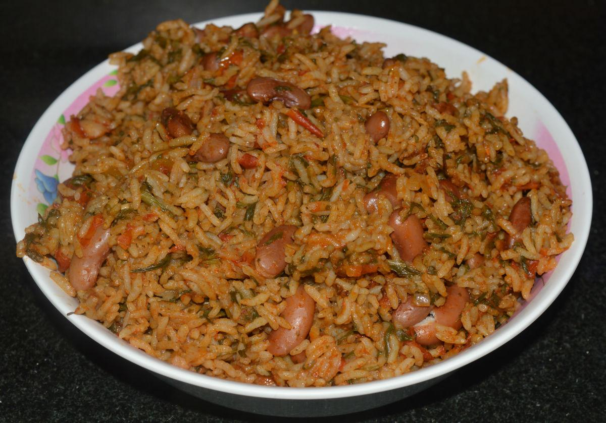 A big bowl of vegan spinach rice.