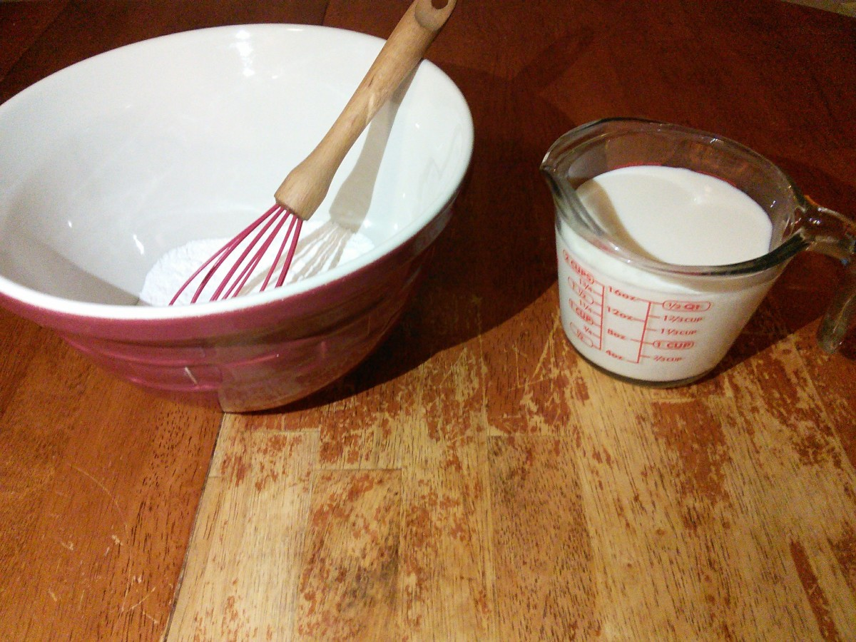 Whisk together your banana cream pudding mix and 2 cups milk. Or prepare it how your box says.