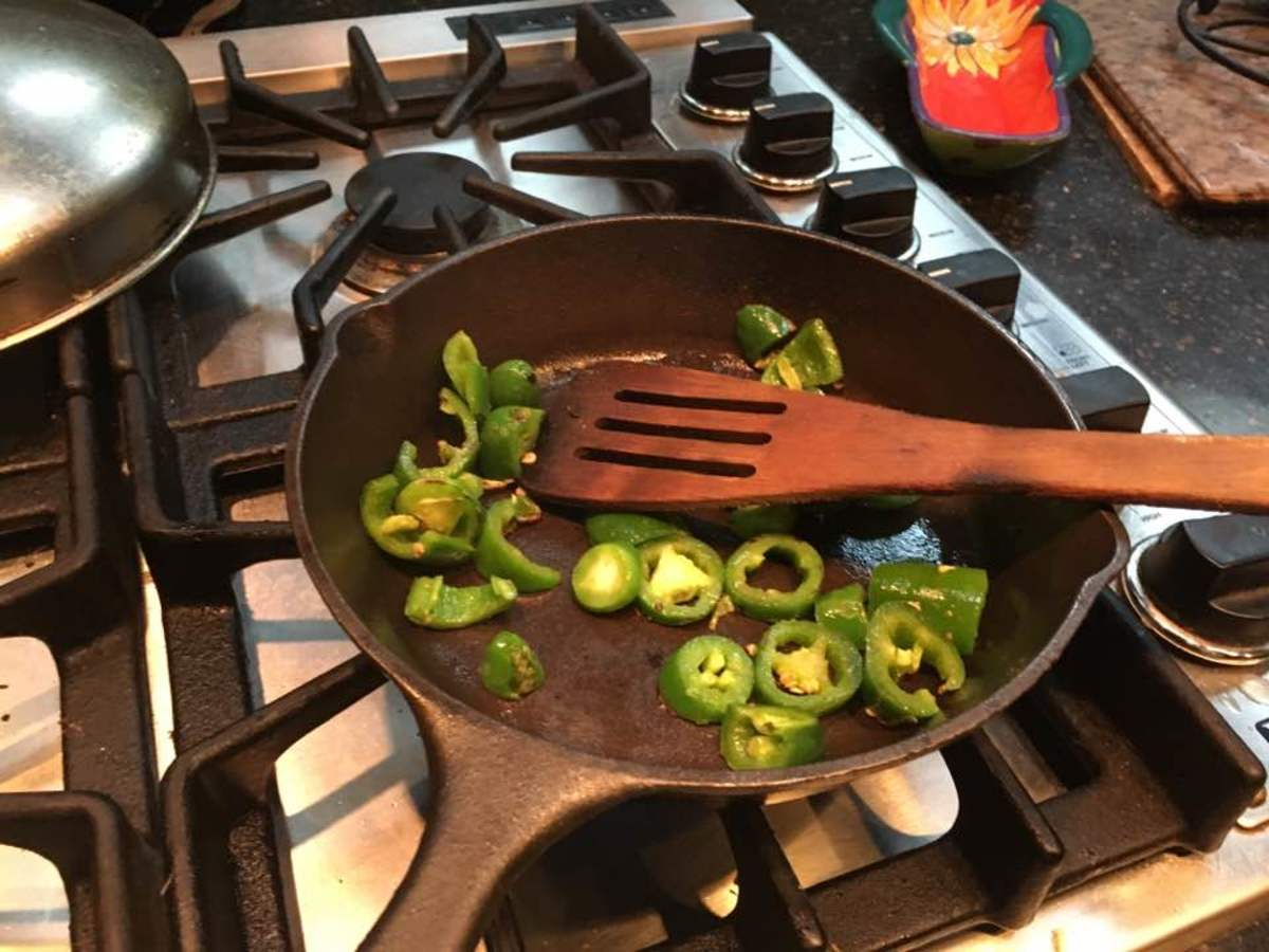 Frying peppers. Chillies are preferable.