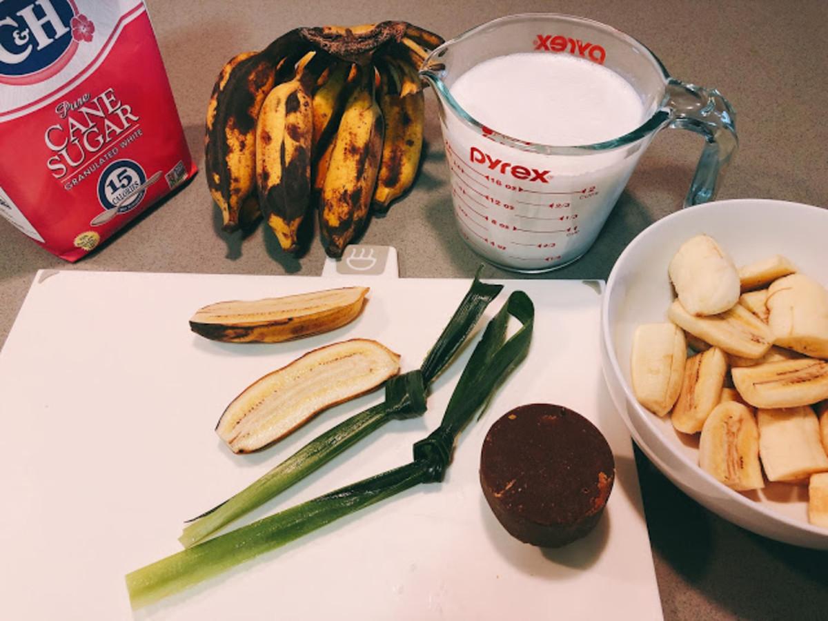 Ingredients to make bananas in sweetened coconut milk.