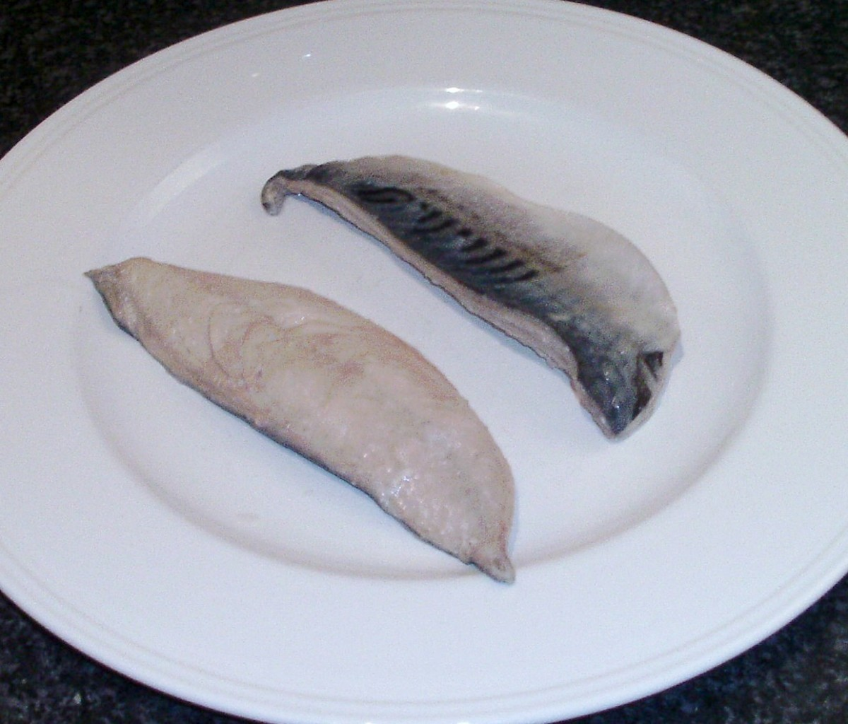 Pickled and cooled mackerel fillets