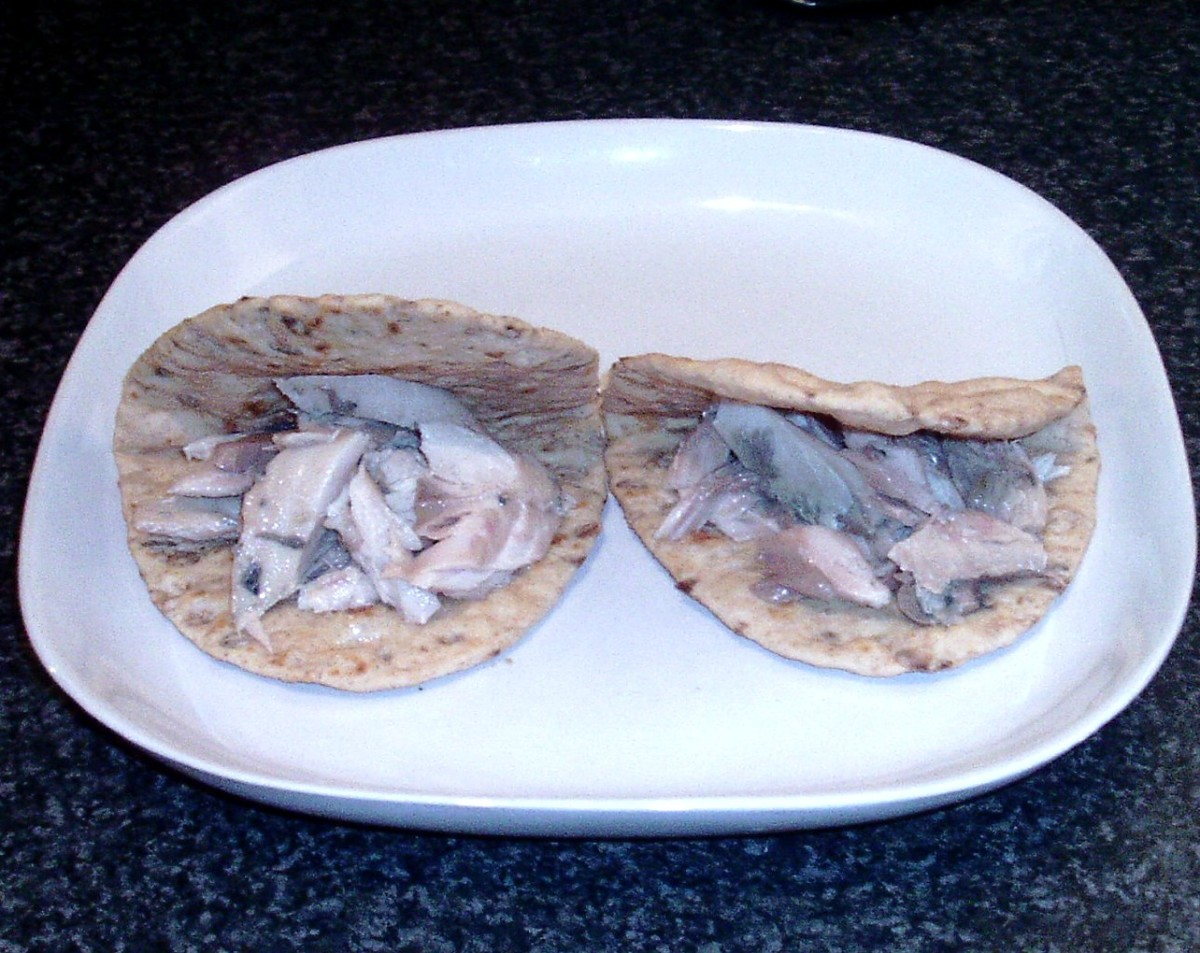 mackerel flakes are stuffed in to flatbreads