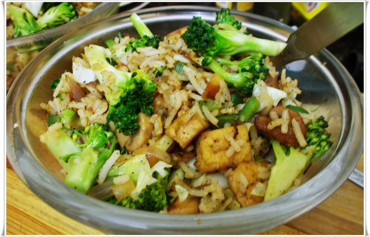 Tofu-Mushroom-Broccoli Fried Rice Without Carrots