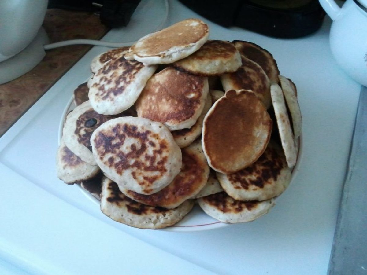 As you can see, I made way too much oatmeal again. But oh well, at least the pancakes were great!