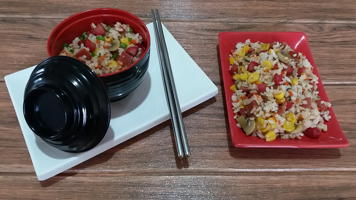 Simple fried rice using four leftovers