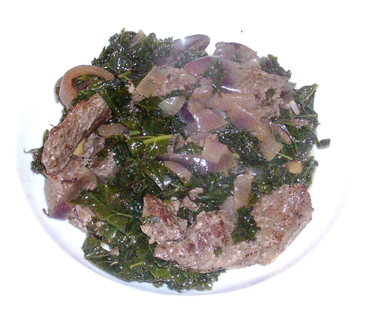 Ox liver and kale casserole with onion and thyme