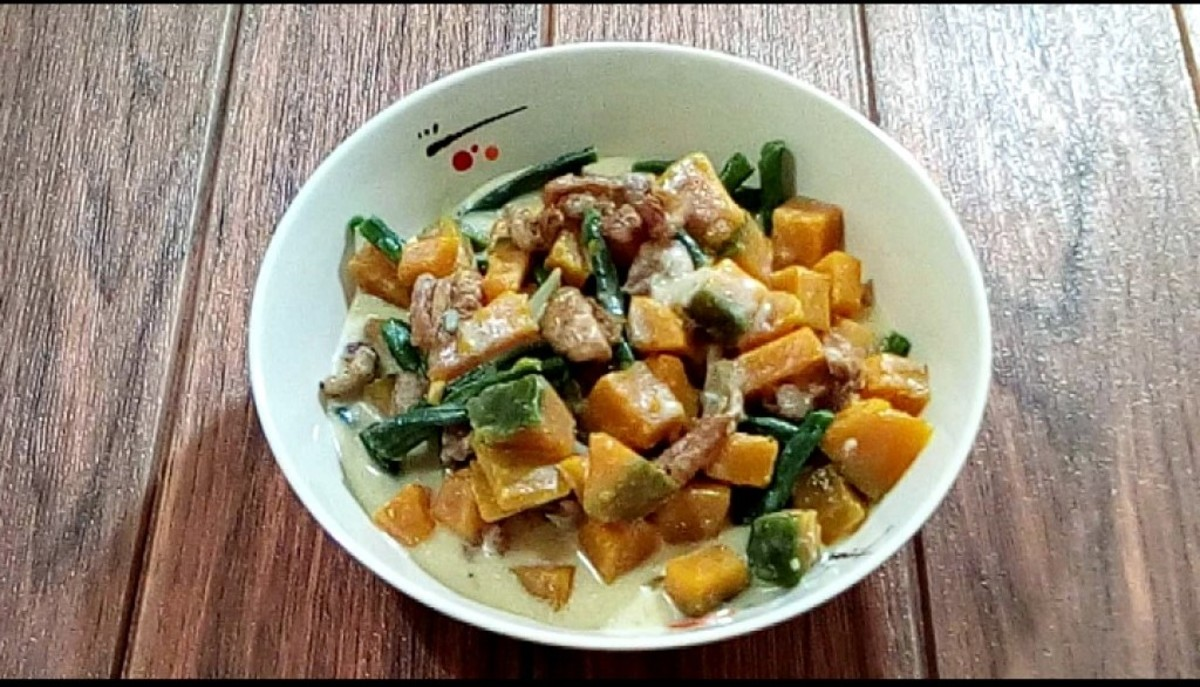 This tasty dish includes pumpkin, string beans, and chicken skin.