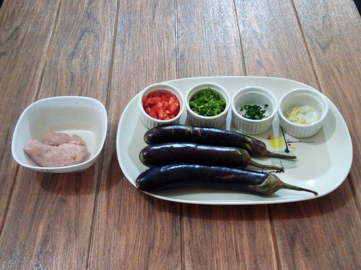 ingredients in making eggplant omelette