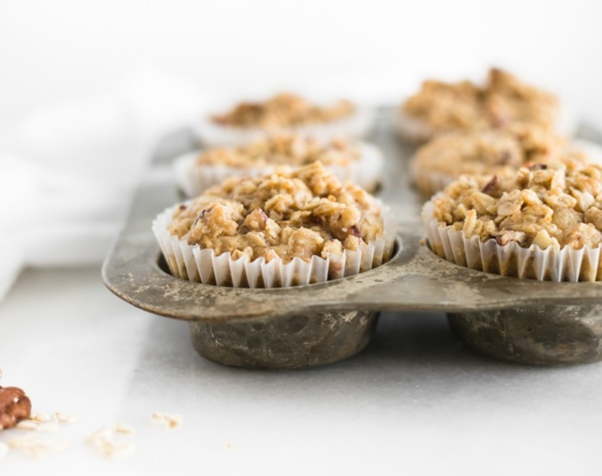 Cinnamon Pear and Pecan Muffins