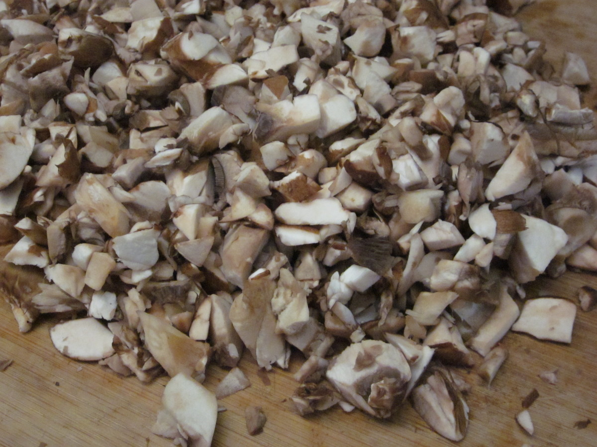 I chop the mushrooms roughly to give the dip textural interest.