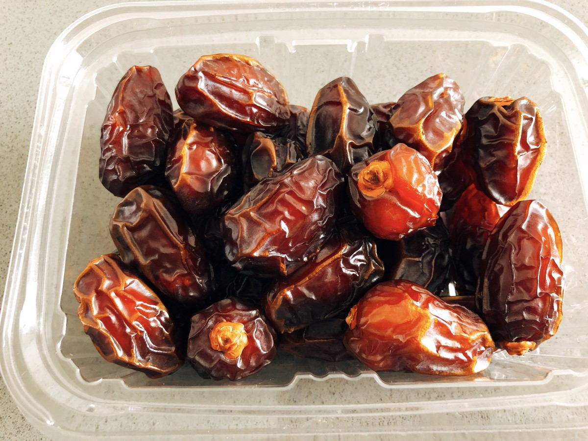 Dates are sweet and sticky, but they are super healthy, too!