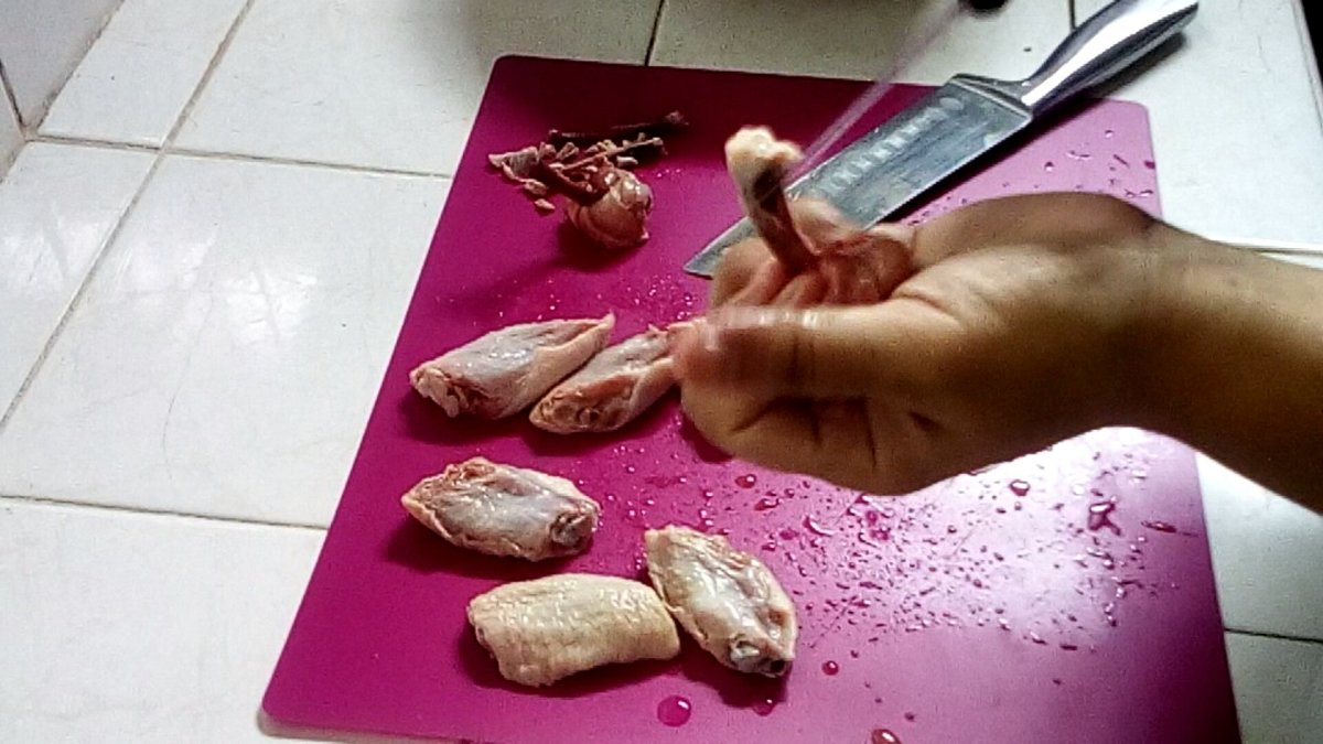 how-to-make-chicken-lollipops-out-of-chicken-wings