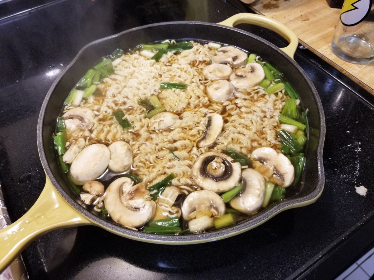 When you reach a rolling boil, add your noodles and mushrooms, if you so choose to do so.