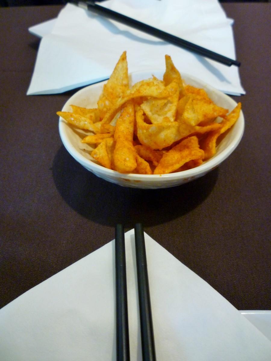 Spicy wonton chips