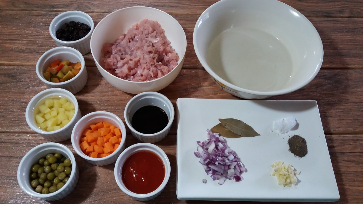 Ingredients for pork giniling