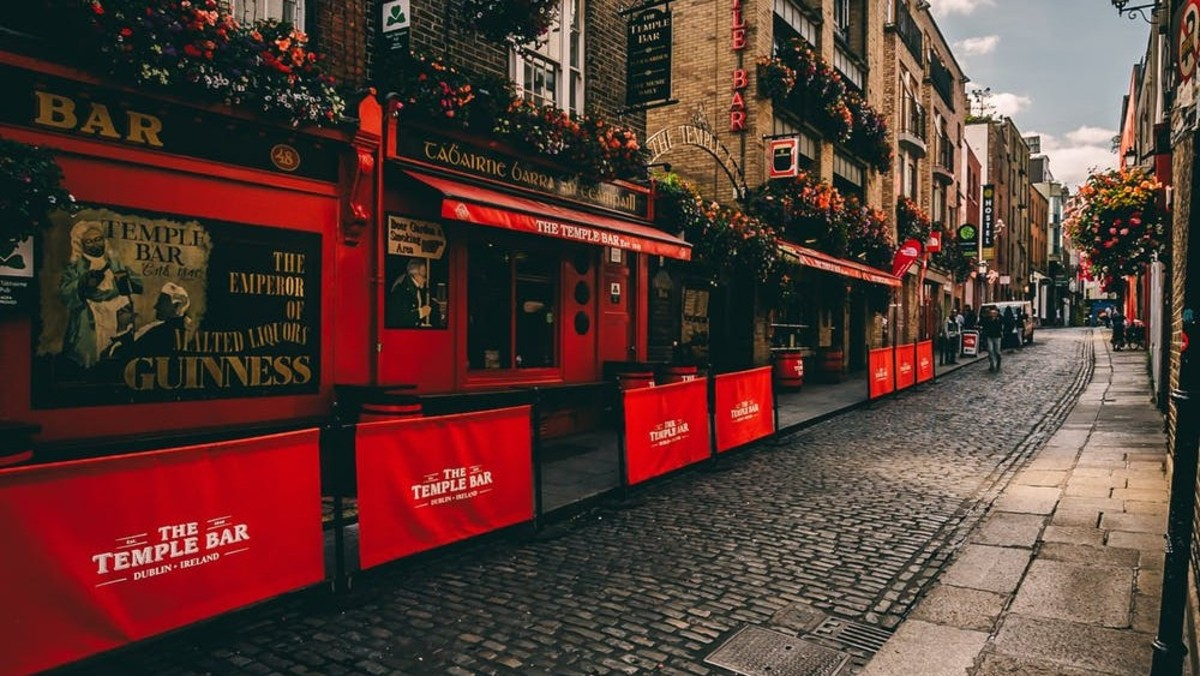 BadBobs is located in Temple Bar area