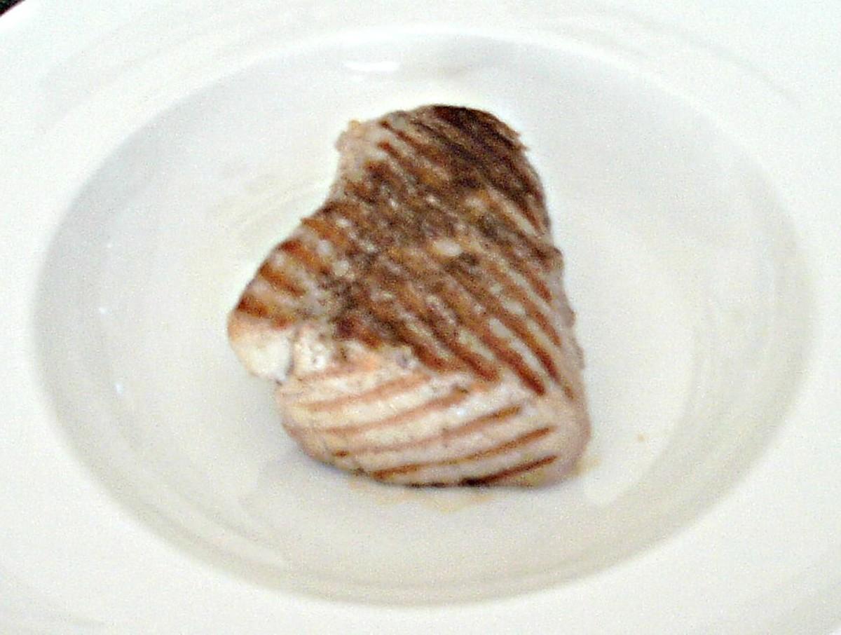 Griddled tuna fillet