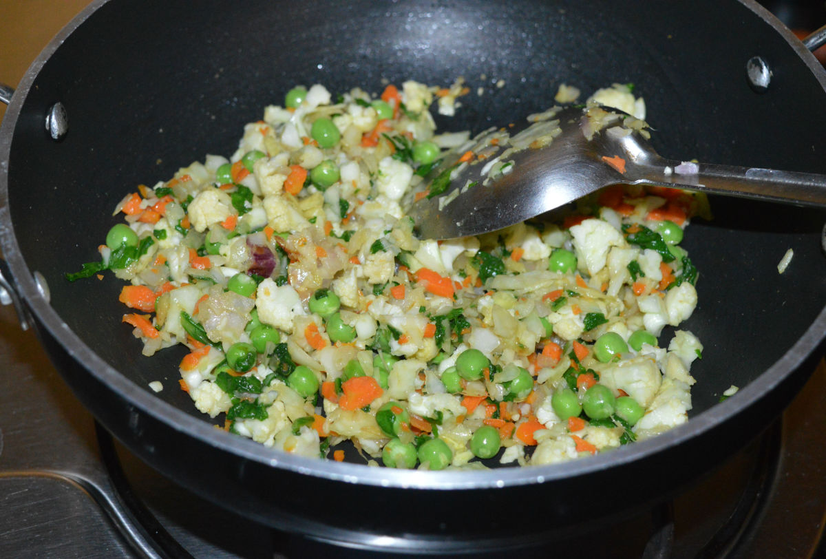 Cook over high-heat for 3 minutes while stirring continuously.